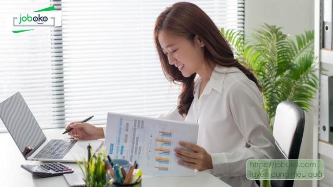 Những Học Kinh tế ra làm gì? Các việc làm ngành kinh tế phổ biến nhất